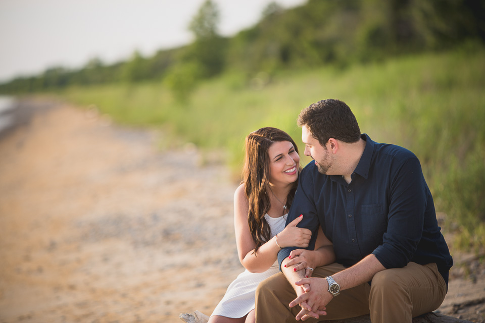 beach engagement photography at point pelee national park