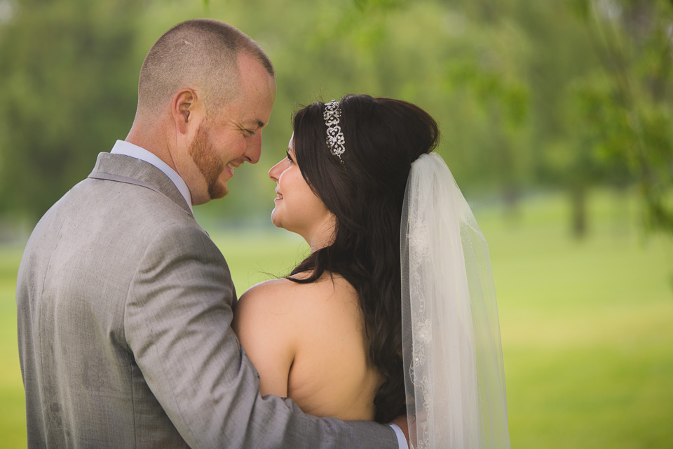 bride and groom portrait at links of kent golf club