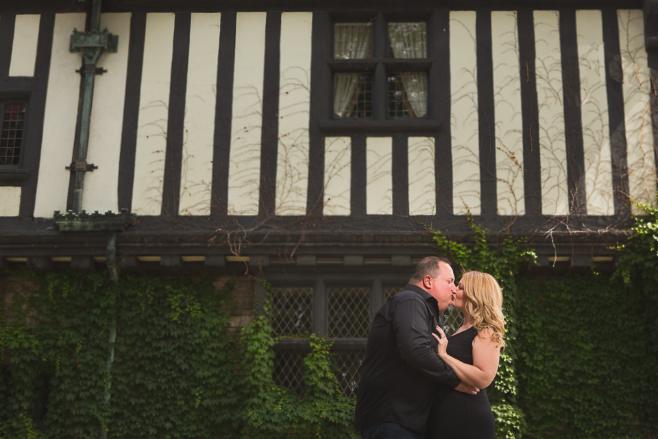 windsor engagement photographer at willistead manor
